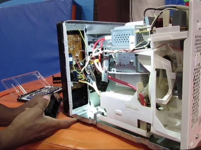 repairing microwave not heating