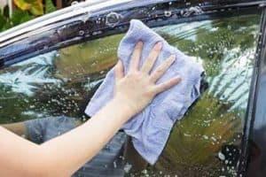 Best Way to Clean Car Windows – 6 Easy Steps