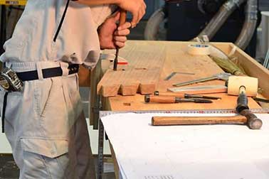 Read more about the article How to Build a Desk – 8 Easy Steps