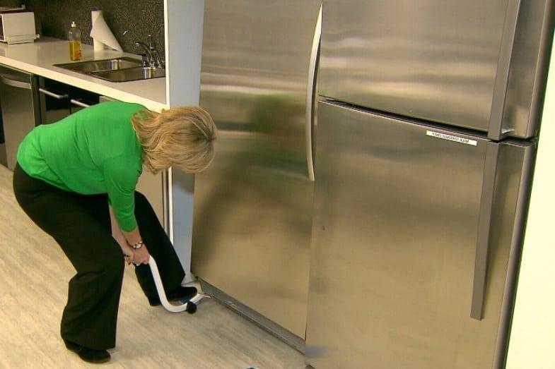 fridge leaking water inside