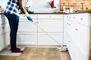 Best Way to Clean Hardwood Floors? 4 Easy Steps