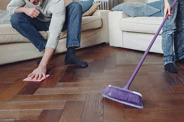 Read more about the article Best Way to Clean Laminate Floors? 3 Easy Steps