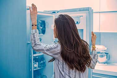 Whirlpool Fridge Not Cooling [9 Causes and Fixes]