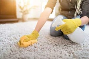How to Get Gum Out of Carpet – 6 Easy Ways