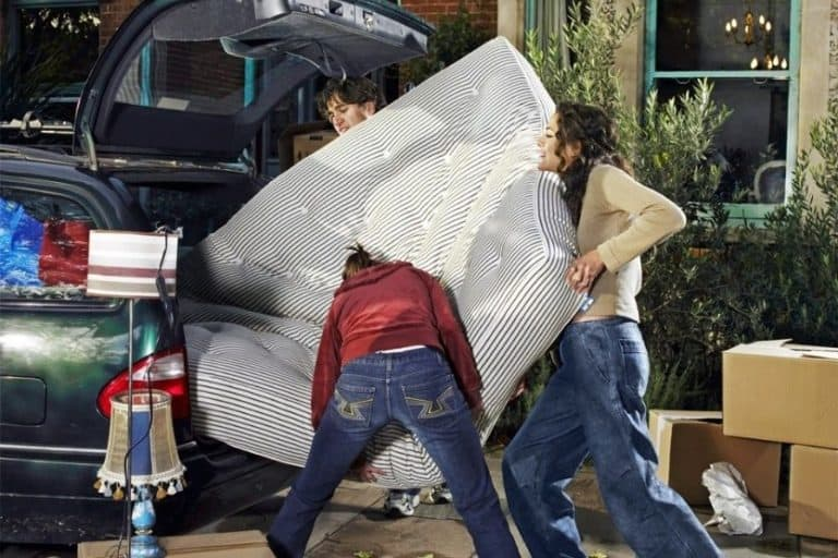 Read more about the article How Much Does It Cost to Ship a Mattress?