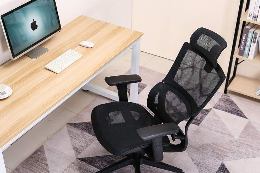 standard desk chair height